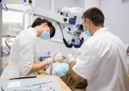 Эндодонтия, лечение зубов под микроскопом