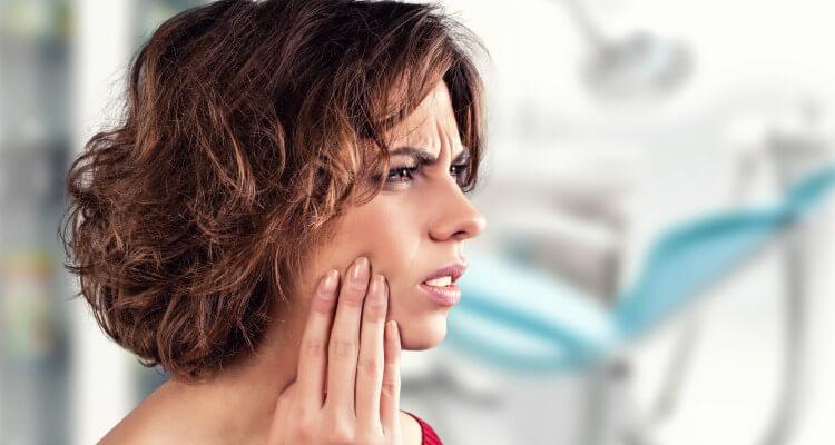 Как долго может болеть зуб после удаления нерва